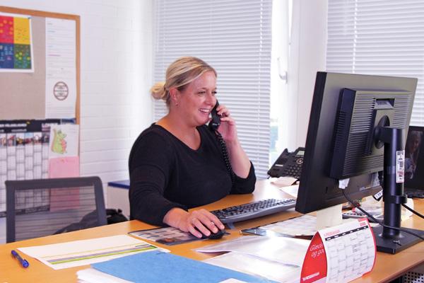 Camilla-på-tilbuds-kontor